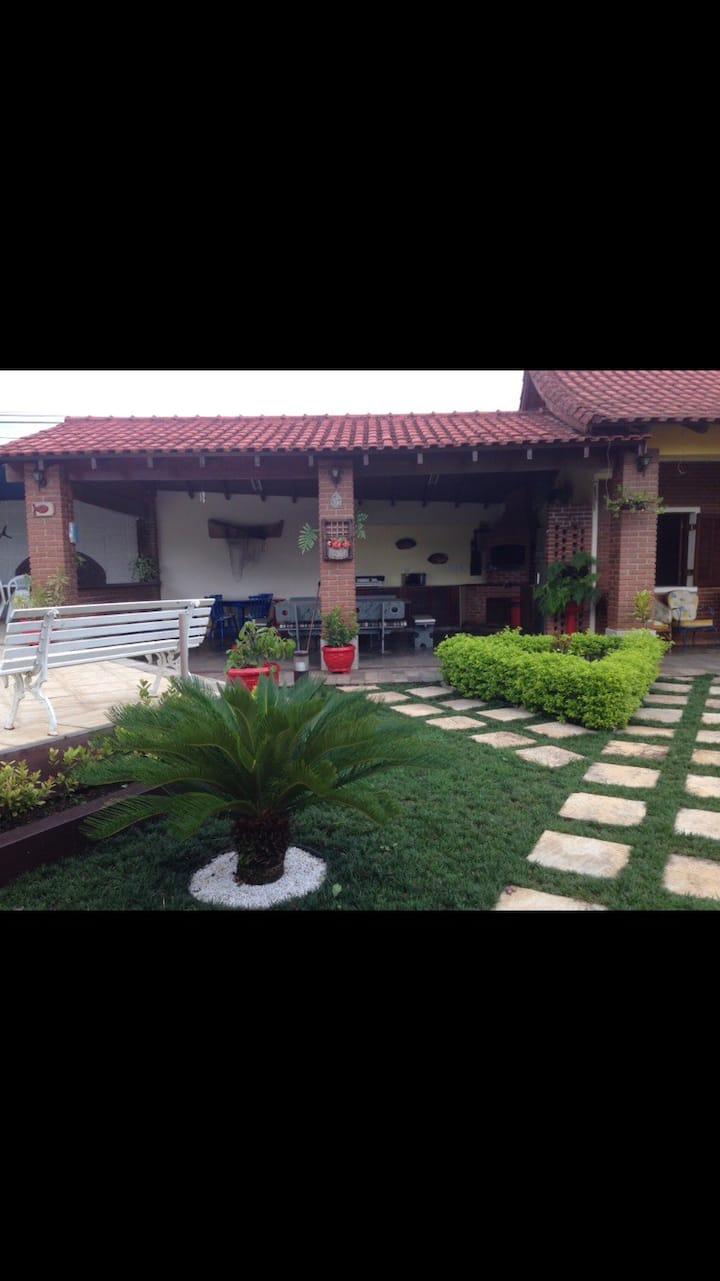Casa térrea cond fech ,piscina,churrasq frentemar