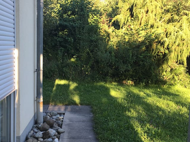 schöne Wohnung mit Garten am Bodensee - Stockach - Apartment