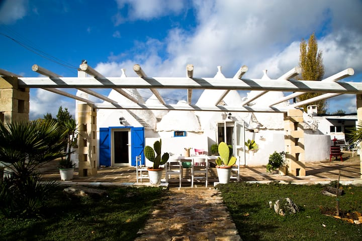 Trullo Nicolò - White Room plus swimmingpool usage