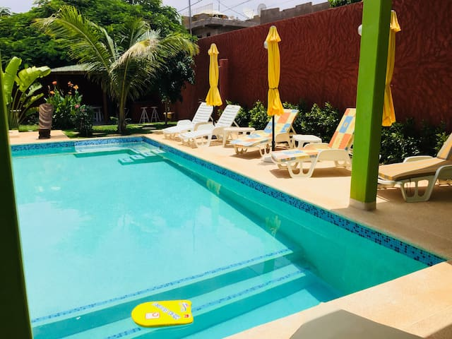 Adiana, 2 Pièces en rez-de-jardin, piscine