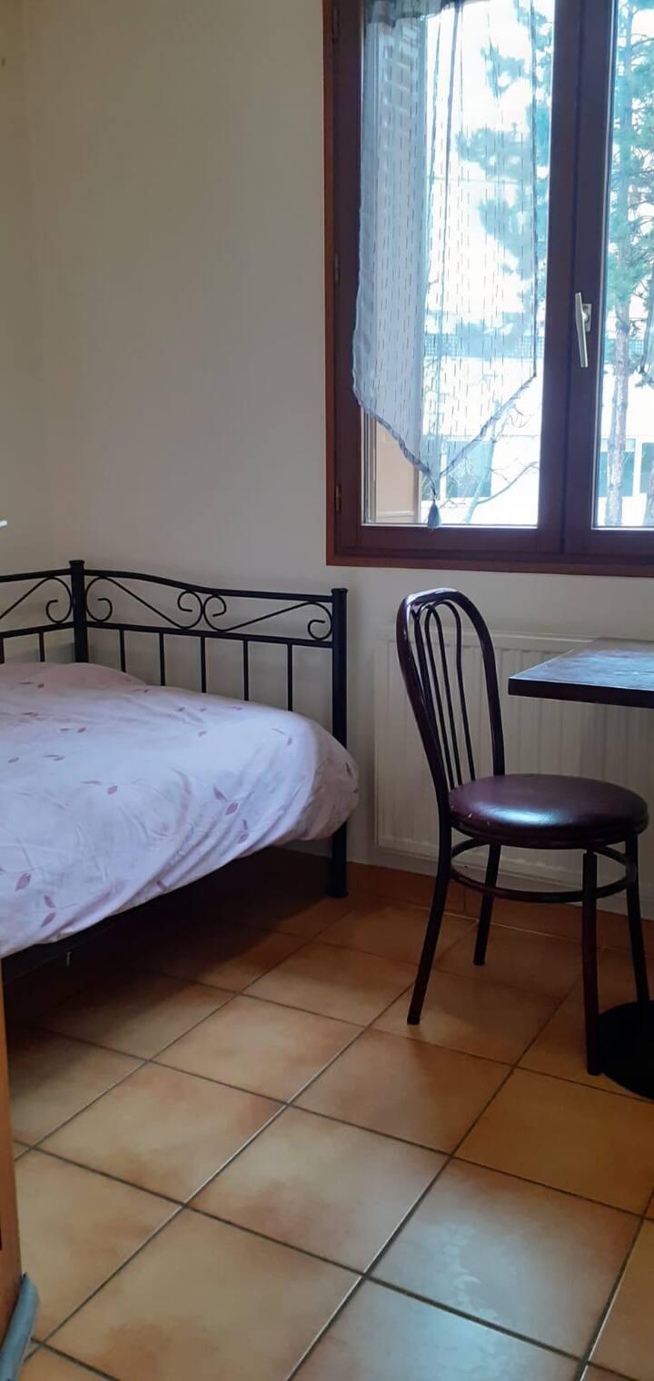 Chambre privée à Arcueil pour 1 personne