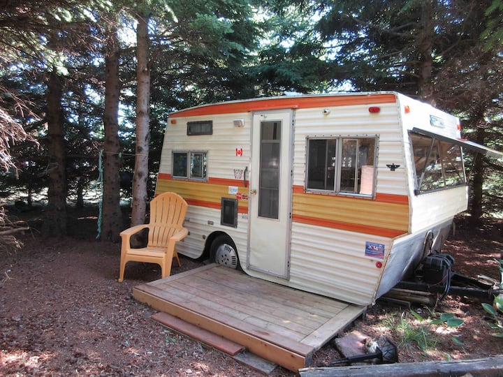 The Soloist Vintage  Camper . 1975 .
