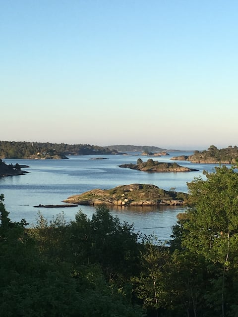 Grimstad: New cabin close to the sea