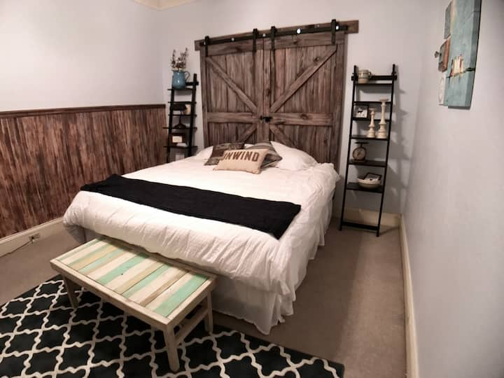 Mason Square Hotel - Farmhouse Room