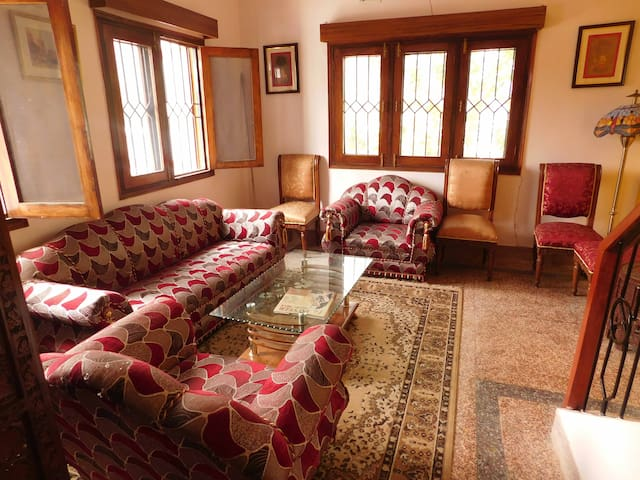 The Basalts- A perfect homestay! - Bhimtal - Dom
