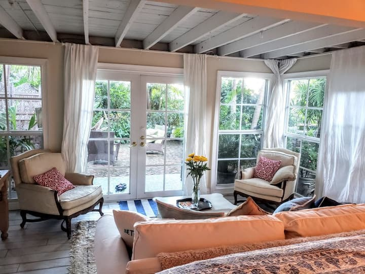 The Garden Suite at the Historic Chateau Bleu