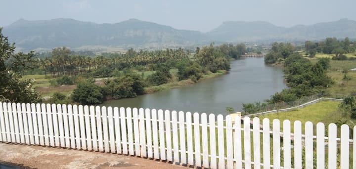 5 BHK Villa with amazing view near Pawna dam