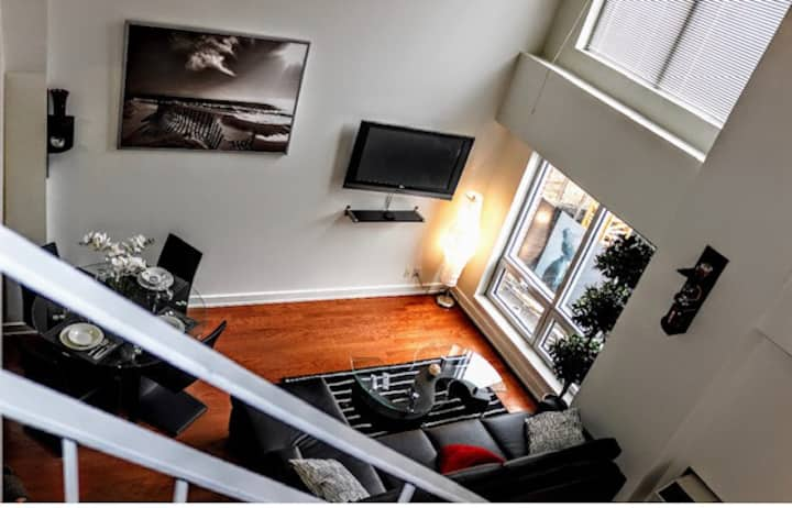 Stay at Home away from Home Downtown Montreal