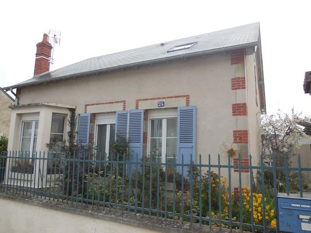 maison de ville  tout confort - Bourges - Dům