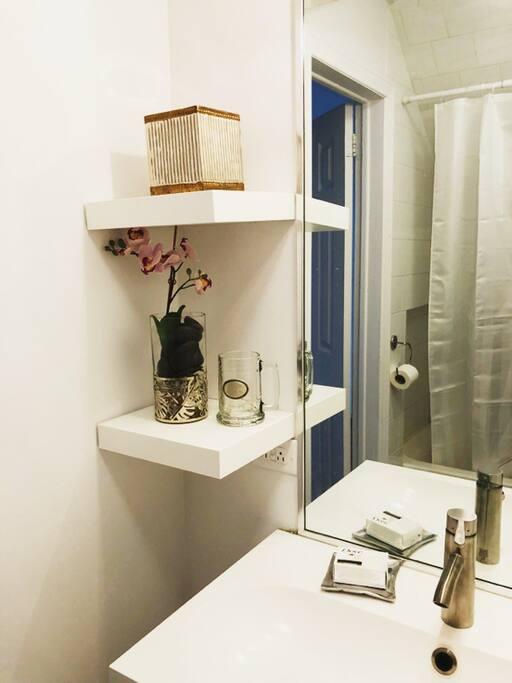 Bathroom-4308