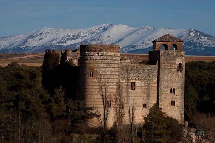 Castilnovo Castle - Segovia