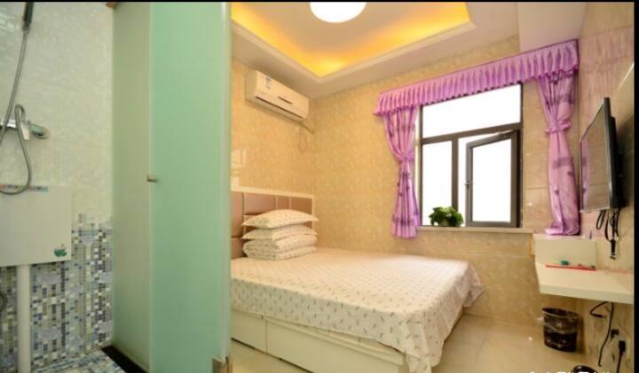 武汉汉口火车站汉庭之家住宿情侣大床房