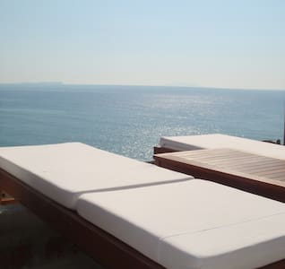 IONIAN VIEW - Himarë - Bed & Breakfast