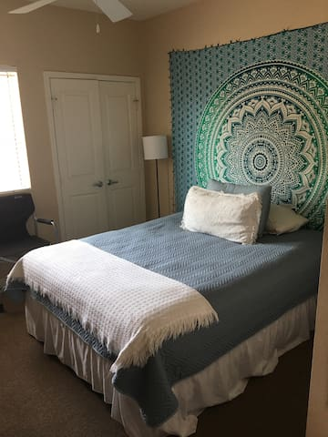 StageCoach Festival Room 5miles from festival - La Quinta - Appartement