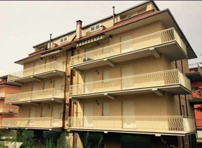 Apt rinnovato in zona residenziale - L'Aquila - Appartamento
