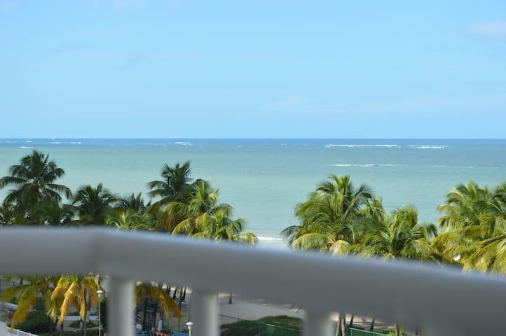 3/2 beach access.  Dream views.