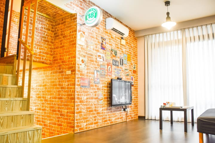 LeHumble@Wanhua#9 Brand-New MRT LOFT House(1~8 人)