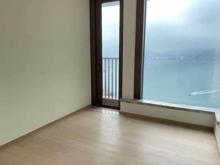 香港將軍澳四房一廳出租
