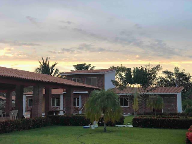 Hotel Rancho Santa Maria