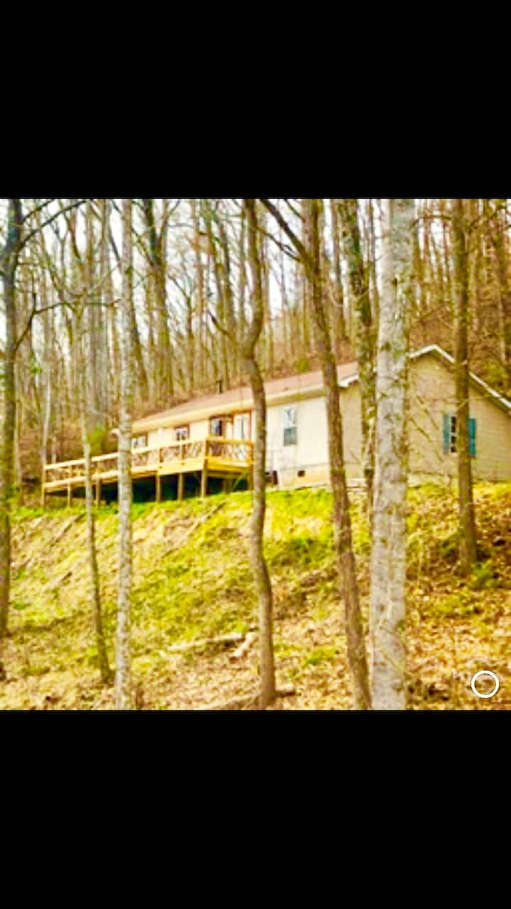 Beautiful Mountain Home-7 mins from WCU