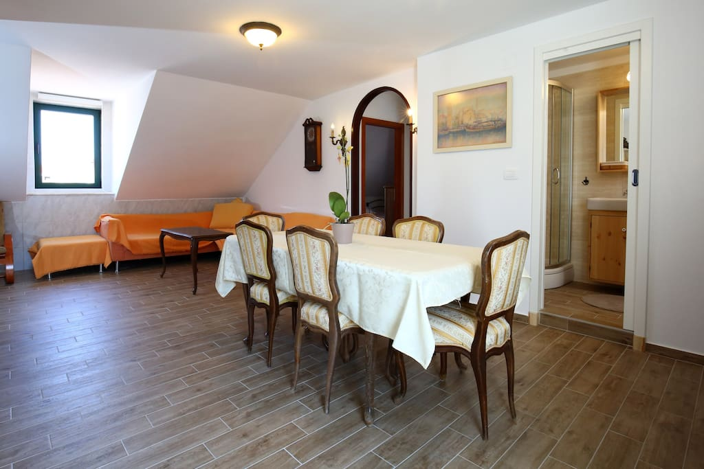 Brand new bathroom situated in the center of the apartment - accessible from the living area