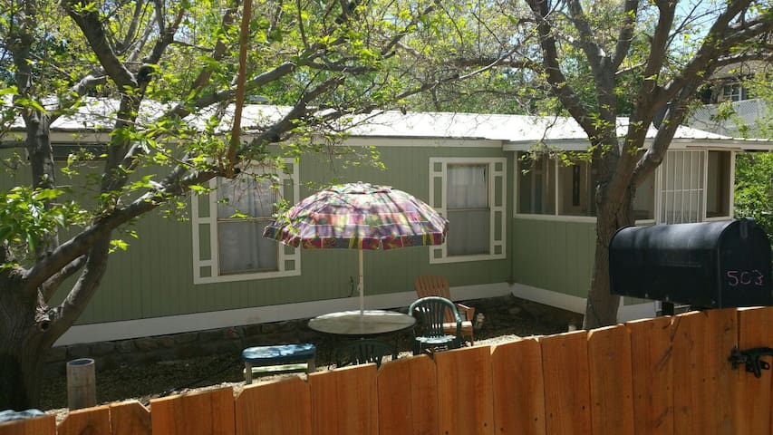 Charming Singlewide Nestled in Historic District