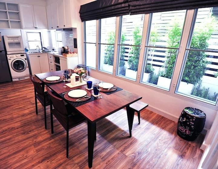 83 siam fandee suites bangkok (Sap/Surawong)