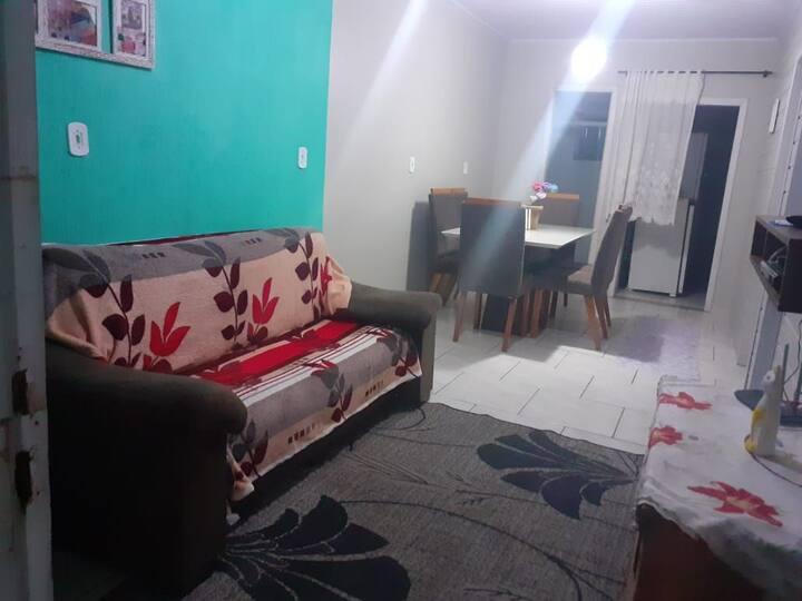Casa no Centro de Capão Novo