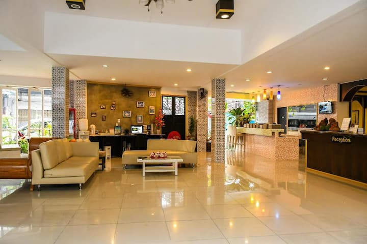 Krabi City Hotel [Standard Floor 4]
