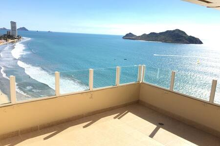 Penthouse In the Gold Zone - Mazatlán
