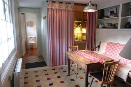 B & B - Suite Peyresourde for four persons - Saint-Mamet