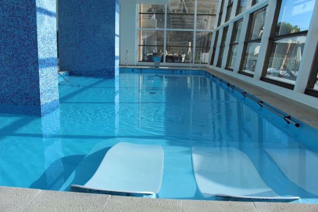 Hermosa piscina temperada gratis free tempered pool!!!