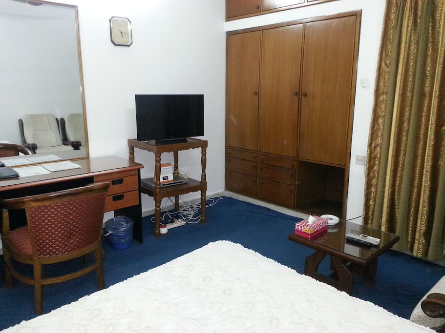 Super deluxe room (Double/King bed)