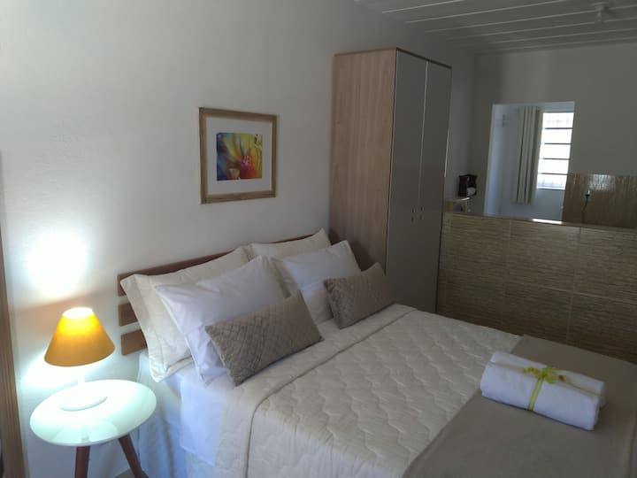 Apartamento condomínio Laranjeiras (centro Penedo)