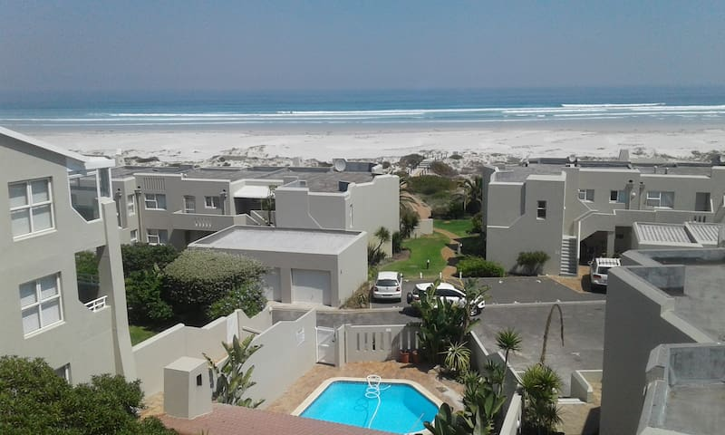 Galleon Beach 1 Bedroom in 4 Bedroom on the Beach - Cape Town - Huoneisto
