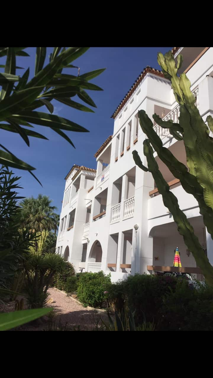 Superb apartment with pool stones throw from plaza
