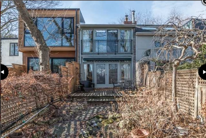 European Style Ravine Terrace Home Located in TO