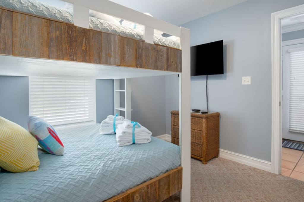 This custom bunk bed features a Full Bed on top and a Full bed on the bottom!