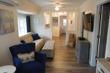 Gorgeous 2 BR/1.5 BA beach cottage! - Seaside Heights