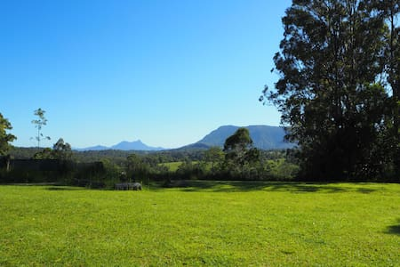Nimbin: StonyChute Retreat in the Byron Hinterland