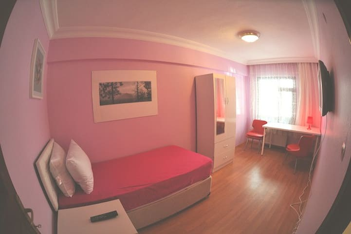 Luxury fully furnished double rooms - Istanbul - Penzion (B&B)