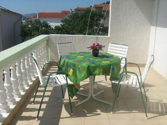 Apartments Marijana - Two Bedroom Apartment with Garden View (A4+1)