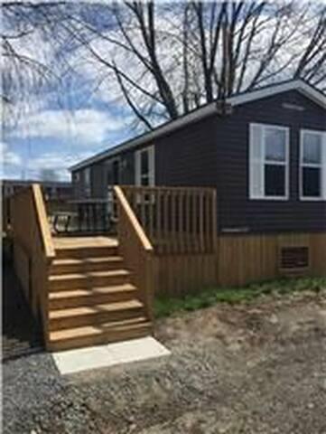 Cottage for rent near Sandbanks