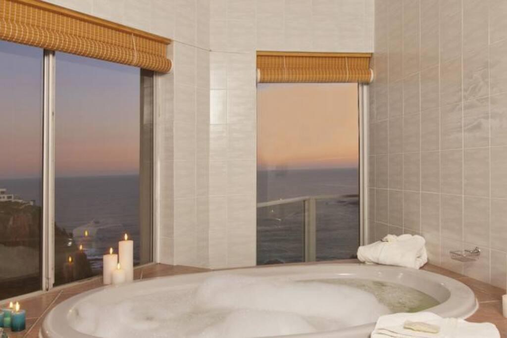 Coney Glen Bath with Sea views