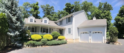 Entire 3 Bedroom 2 Bath In-law Suite Private Entry