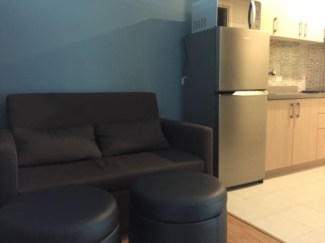 An affordable luxury unit in the Grove by Rockwell - Pasig - Apartment