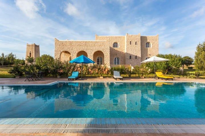 Location villa avec piscine à 11 km d'Essaouira - เอสเซาอิรา - วิลล่า