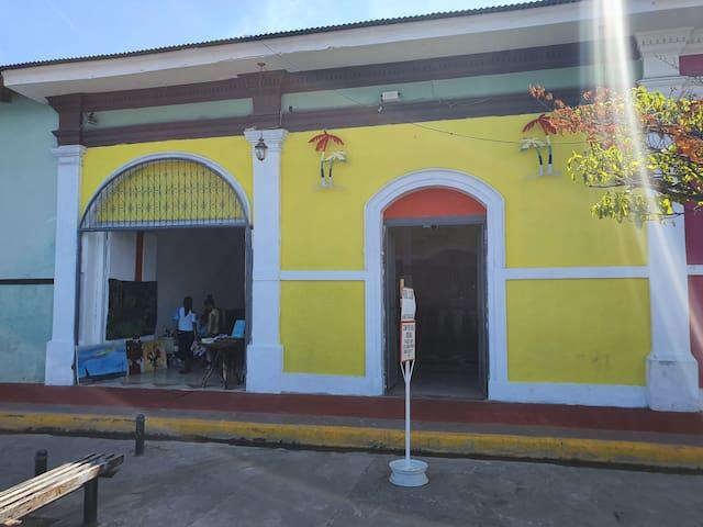 Hostel Best House La Calzada Granada.