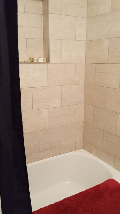 Totally renovated bath with tub/shower