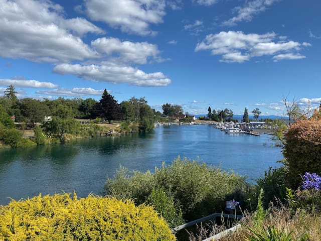 Home away from Home in the heart of Taupo!